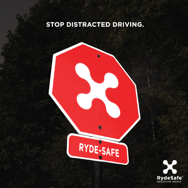 stop-distracted-driving-poster-rydesafe