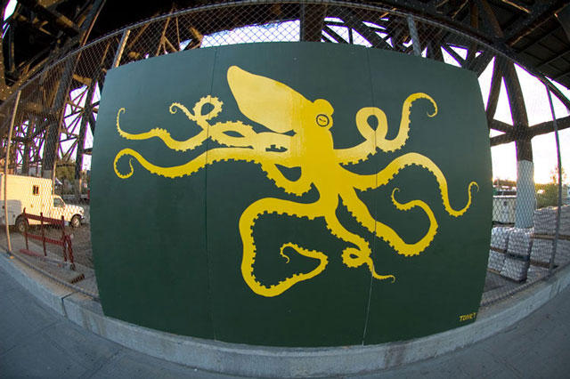Tonky Octopus - Gowanus Canal Brooklyn